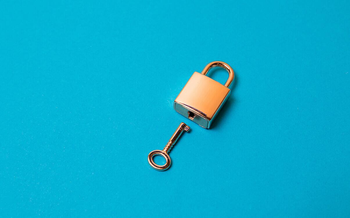 Image d'un cadenas avec clé